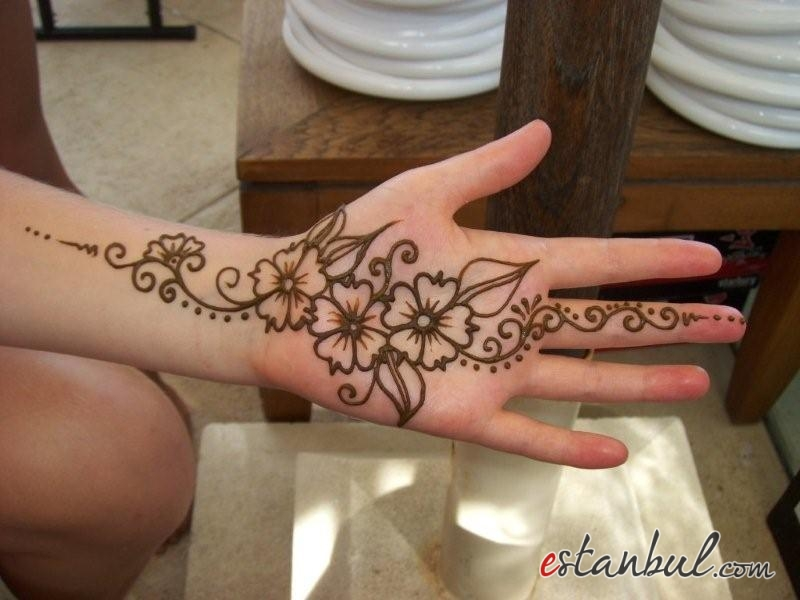 Flower henna tattoo (15)