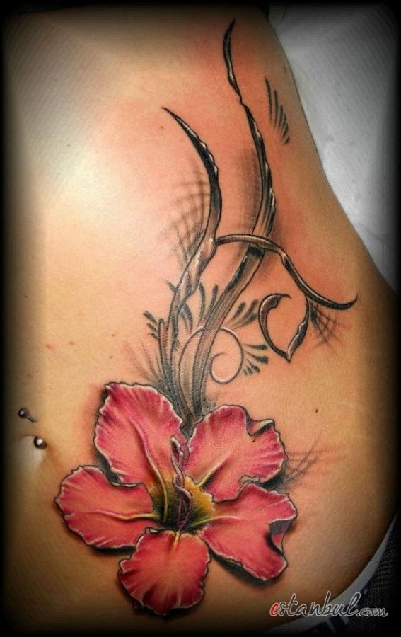 sarmasik-pembe-golgeli-tattoo