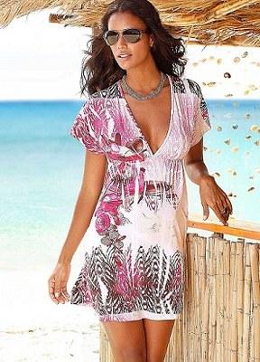 Bayan-Plaj-Kıyafet-Modelleri
